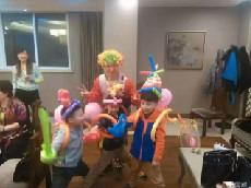 小丑表演 小丑魔术气球 小丑派发气球